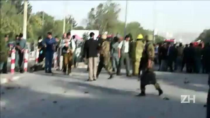 Atentado deixa 12 mortos no Afeganistão
