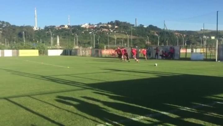 Titulares do Inter apenas correm no gramado
