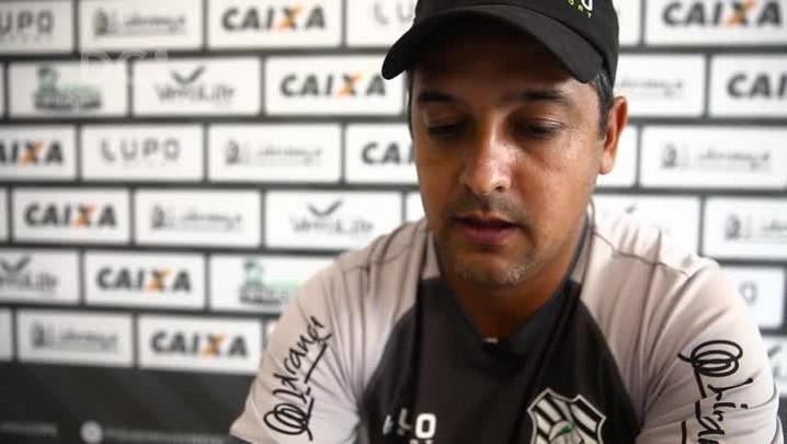 Marquinhos Santos fala sobre seu perfil de trabalho à frente do Figueirense