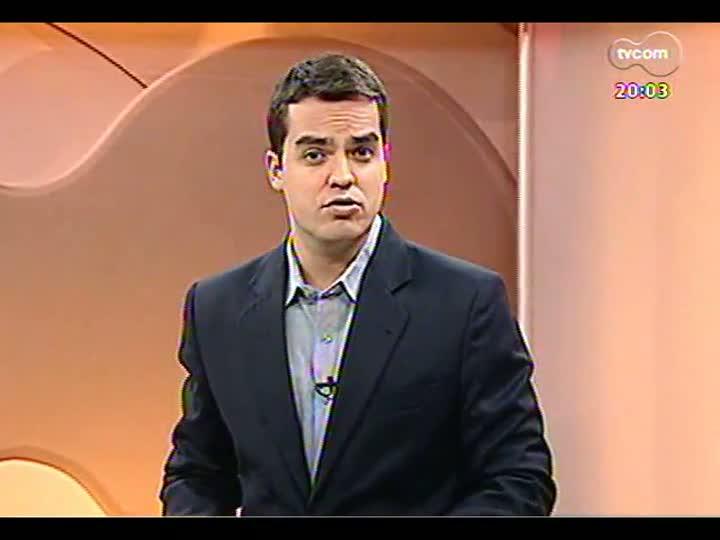 TVCOM 20 Horas - 07/01/13 - Bloco 1 - Ofensiva do MP contra licenças de táxi na capital surpreende EPTC e taxistas