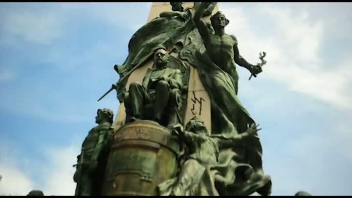 Historiador explica história e simbologia do monumento a Júlio de Castilhos
