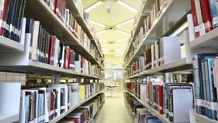 Vestibular - Bibliotecário comenta sua profissão