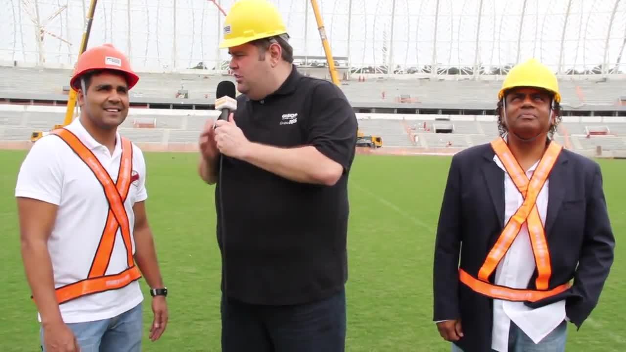 Fabiano apresenta o Beira-Rio e fala sobre gol histórico - 23/10/2013