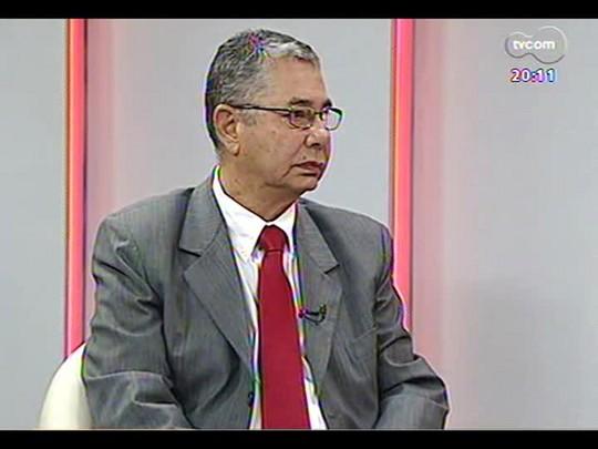 TVCOM 20 Horas - Secretário da educação do RS José Clóvis de Azevedo fala sobre 290 obras não concluídas e desvio de recursos - Bloco 2 - 14/01/2014