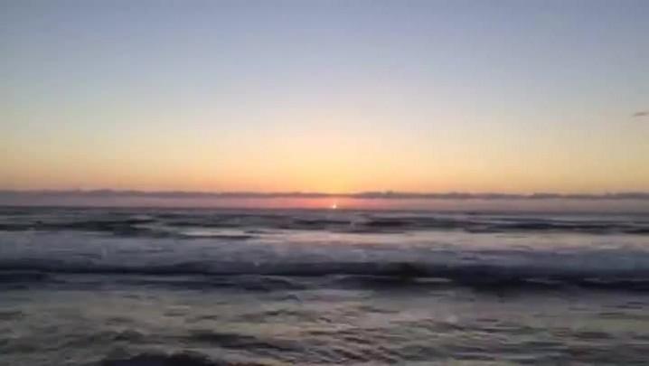 Time-lapse mostra o amanhecer desta terça-feira na praia de Capão da Canoa, no Litoral Norte