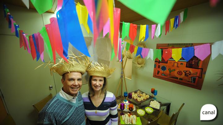 João Pulita ensina a fazer paçoca de pinhão e comemora o aniversário com festa junina