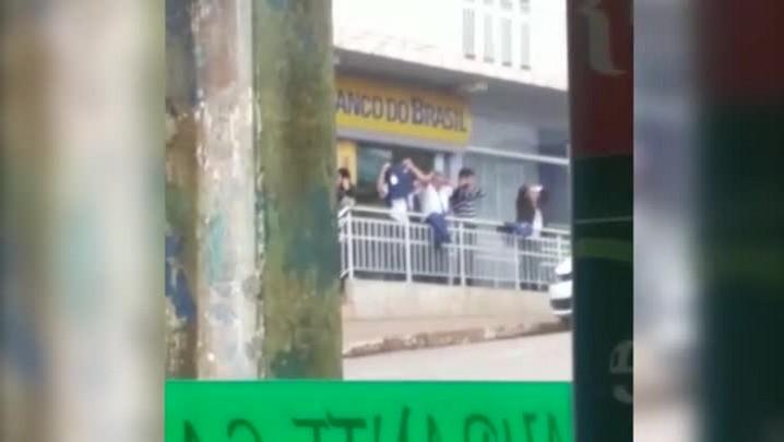 Moradores registram ação de assaltantes em Timbó Grande