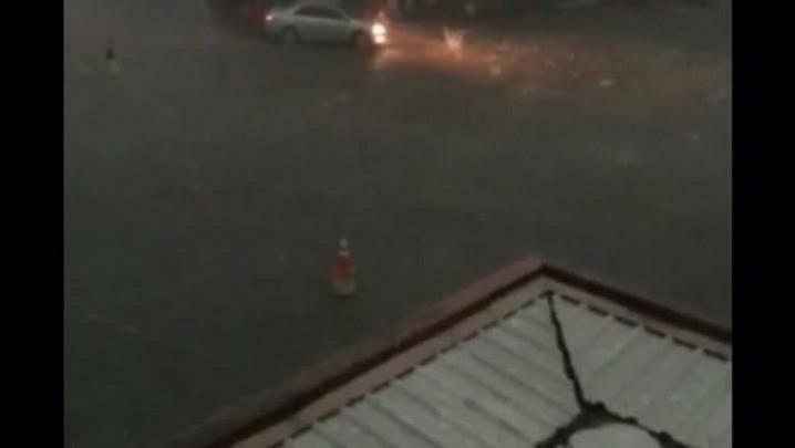 Veja imagens da chuva de granizo que atingiu o muncípio de Santiago, no Centro do RS