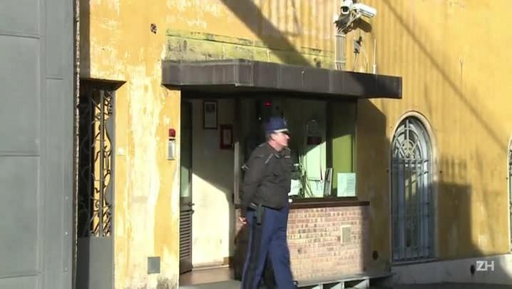 Vaticano abre julgamento por vazamento de documentos