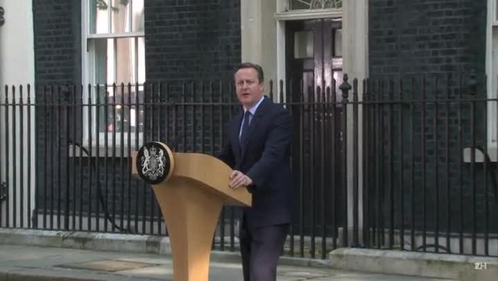 Primeiro-ministro britânico renuncia
