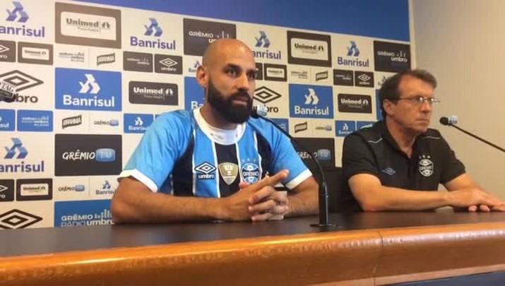 Bruno Rodrigo elogia Geromel e Kannemann