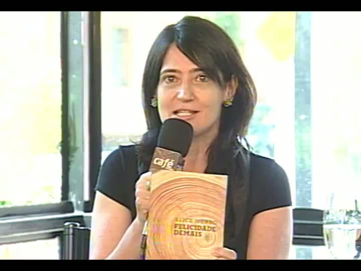 Dica do Café: Cláudia Laitano recomenda a escritora Alice Munro