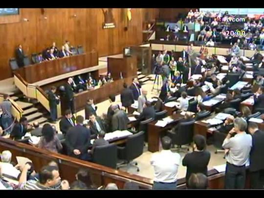TVCOM 20 Horas - Secretário chefe da Casa Civil, Carlos Pestana, fala sobre a redução da base do governo - Bloco 1 - 10/12/2013