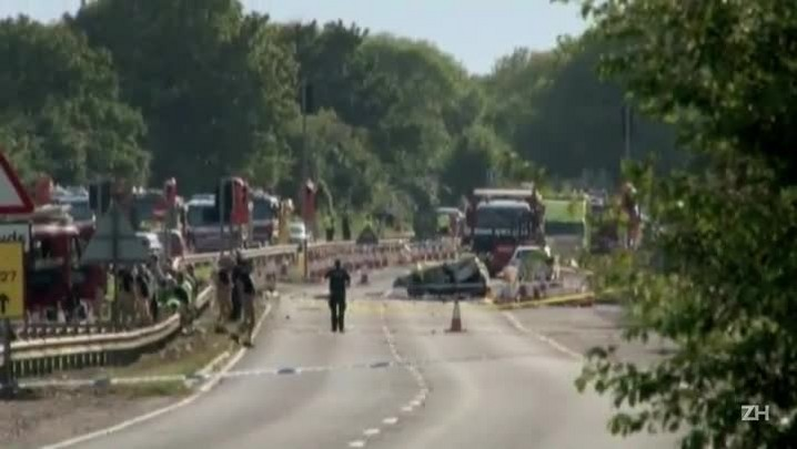 Acidente com avião mata 7 na Inglaterra
