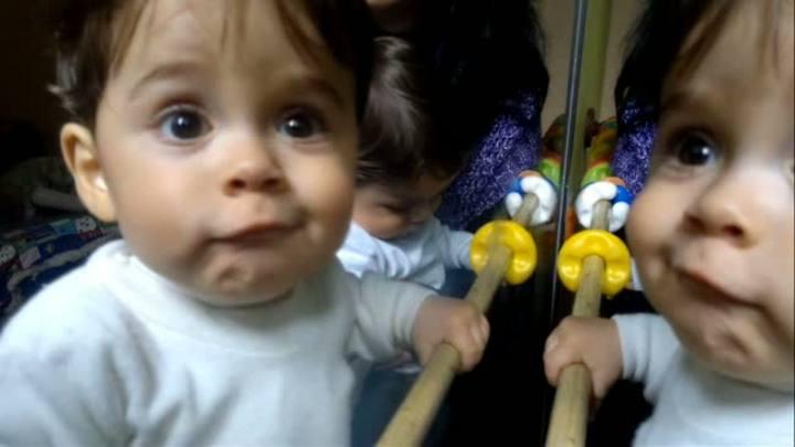 Um ano depois: veja como estão os gêmeos e a mãe que viajou mais de 500 quilômetros para dar à luz
