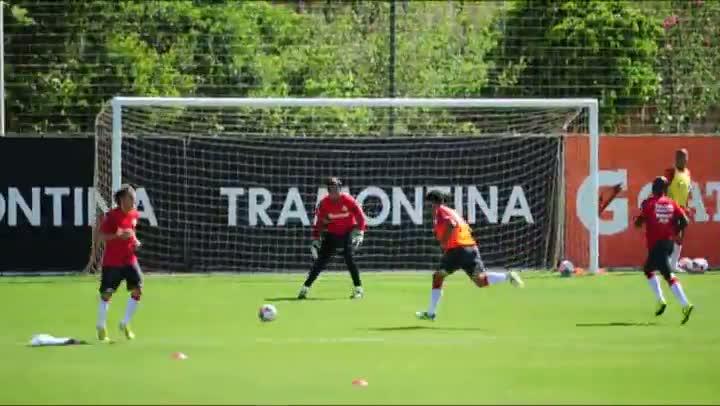 Veja imagens do treino do Inter no Parque Gigante