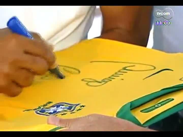 Porto da Copa - Pentacampeão Cafu fala sobre a expectativa do mundial no Brasil