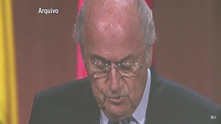 Joseph Blatter anuncia renúncia da presidência da Fifa