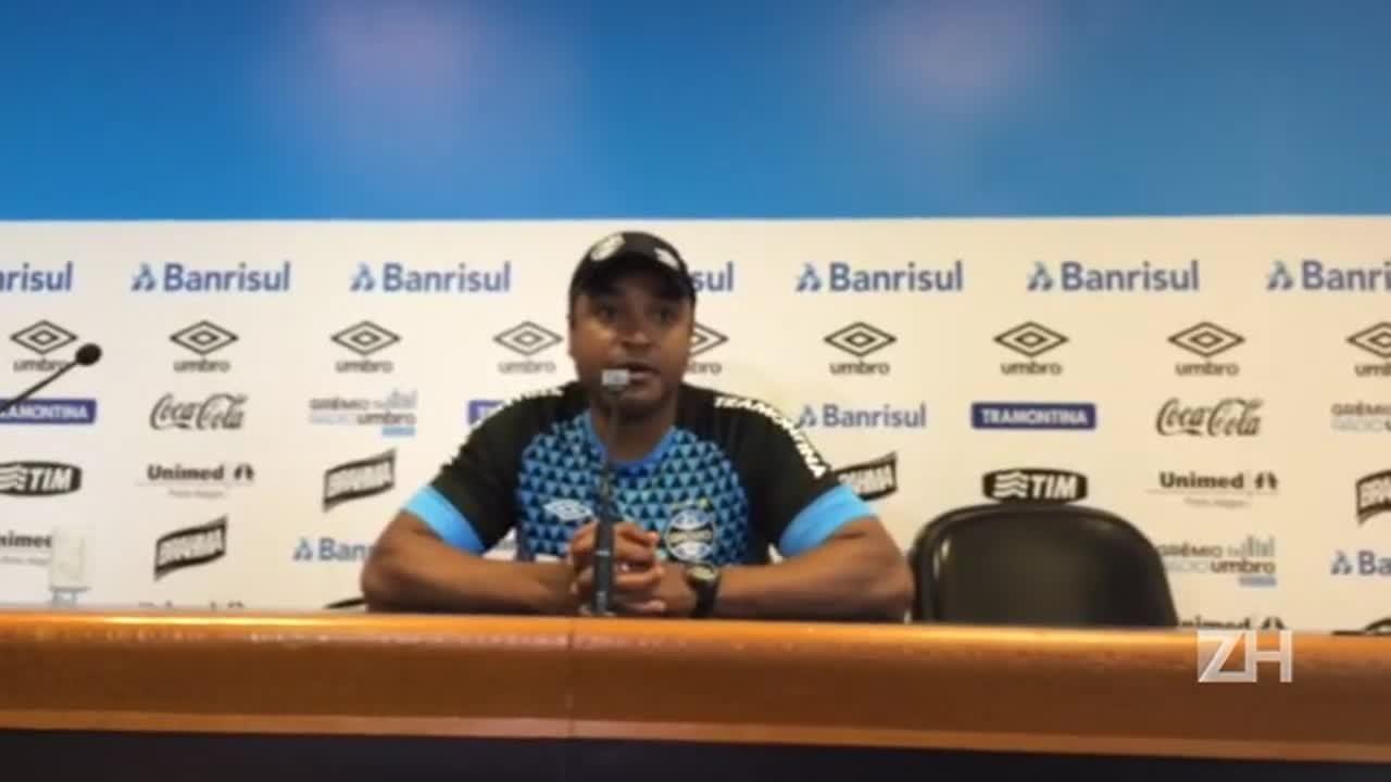 Roger avalia próxima partida contra o Atlético-PR