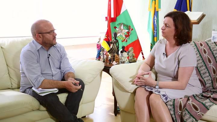 Rafael Martini entrevista a reitora da UFSC, Roselane Neckel