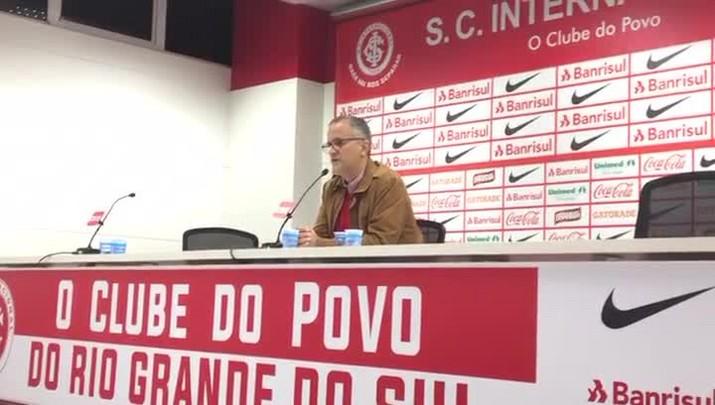 Roberto Melo fala sobre chegada de Guto Ferreira