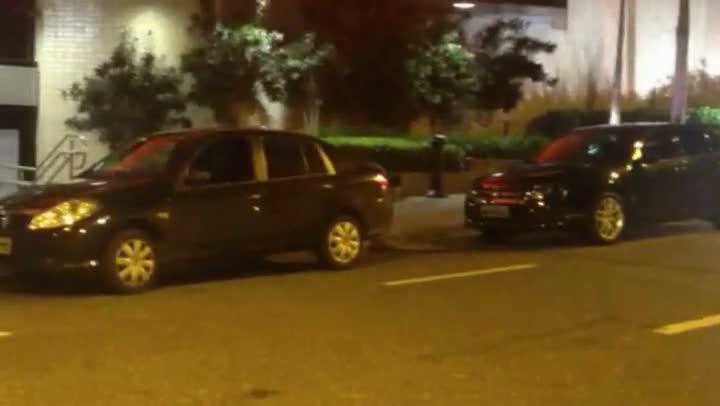 Vídeos mostram veículos da Guarda Municipal de Florianópolis estacionados em locais irregulares