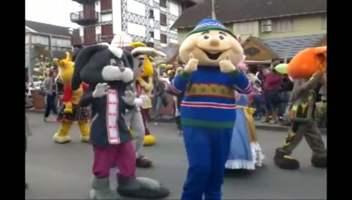 Parada do Conde Guloseima da Chocofest, em Gramado
