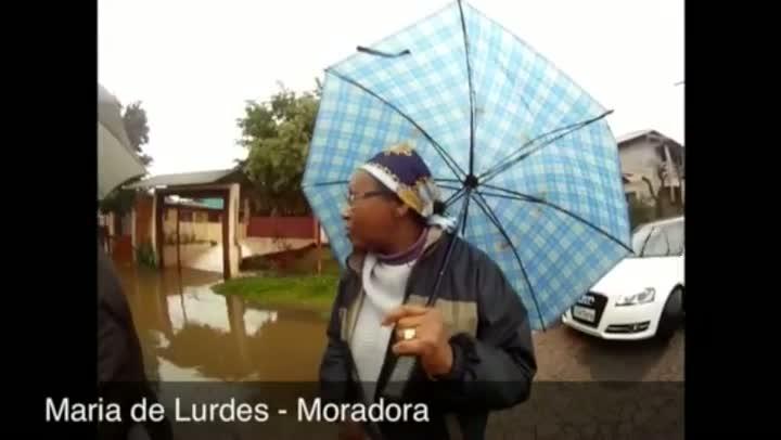 Cidade de Esteio tem mais da metade dos afetados por enchentes no Estado. 26/08/2013