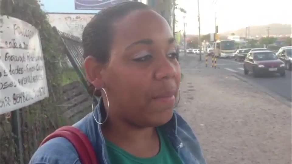Gaúcha no Pedal: Renata Colombo faz de ônibus o trajeto da Juca Batista até a av. Ipiranga. 12/09/2013