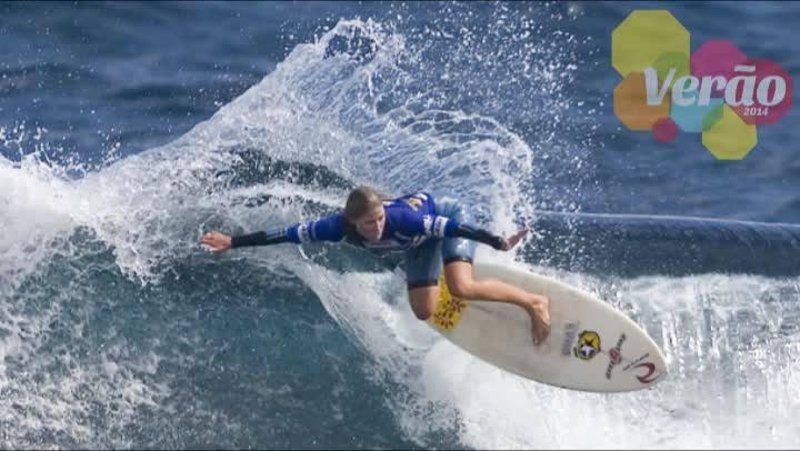 Surfe com o DC - Manezinha Jacqueline Silva conta sua história com o surfe