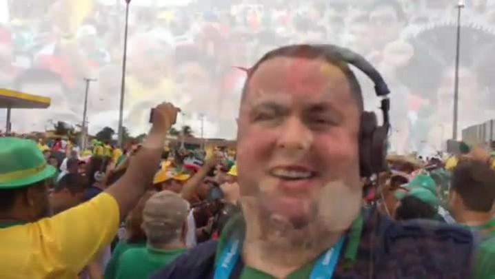 Gigante na Copa: Mariachis fazem a festa antes de Brasil x México