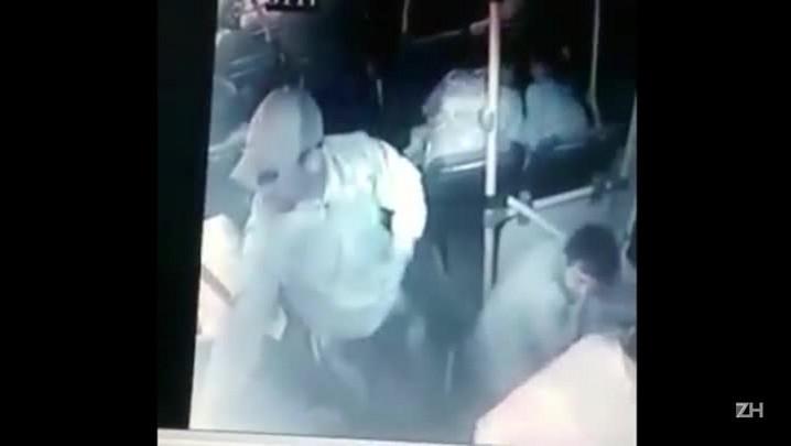 Imagens mostram assassinato de brigadiano em ônibus de Porto Alegre