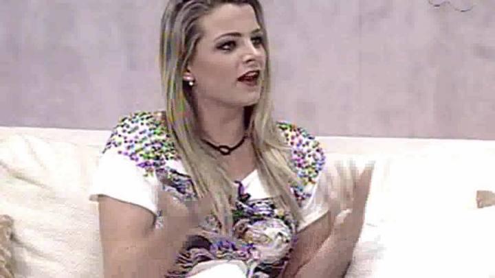 TVCOM Tudo+ - A Nova Apresentadora do TVCOM TUDO MAIS - 17.1014