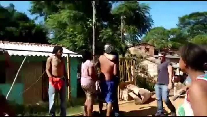 Moradores agridem policiais após prisão de traficante em Cachoeira do Sul