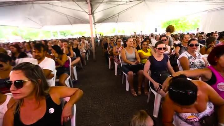 """Servidores comentam impacto do \""""pacotão\"""" na saúde e na educação de Florianópolis"""