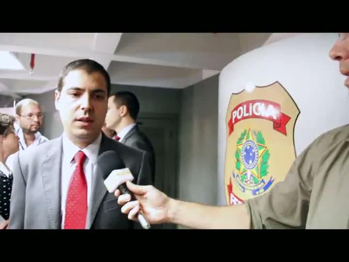 """Em coletiva, Polícia Federal afirma que propina ia de \""""presentes até milhares de reais\"""". 29/04/2013"""