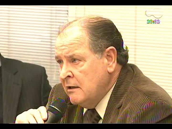 TVCOM 20 Horas - Autoridades falam sobre as péssimas condições do Presídio Central, quatro meses após a entrega do relatório à OEA - Bloco 1 - 31/05/2013