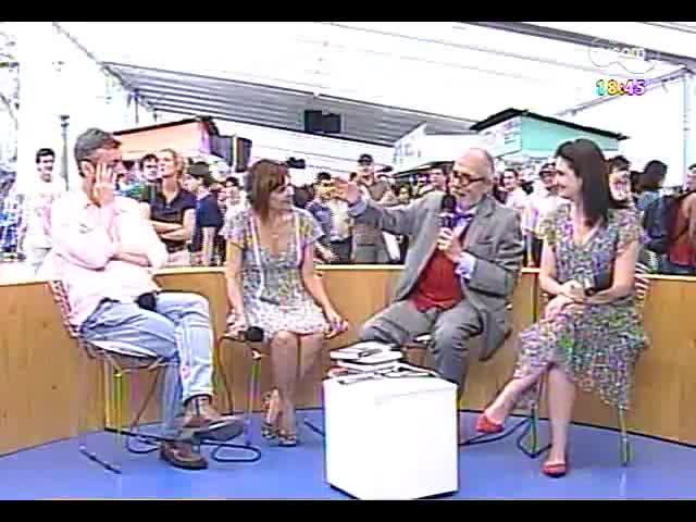 Café TVCOM - Bate-papo com a convidada especial Claudia Tajes direto da 59ª Feira do Livro - Bloco 4 - 02/11/2013