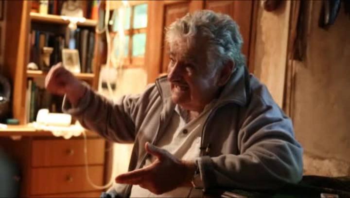 """Mujica: """"Não legalizamos a maconha. Regulamos um mercado que já existe"""""""