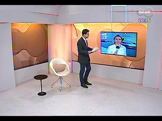 TVCOM 20 Horas - Segue a rotina dos buracos nas ruas de Porto Alegre - Bloco 3 - 11/12/2013