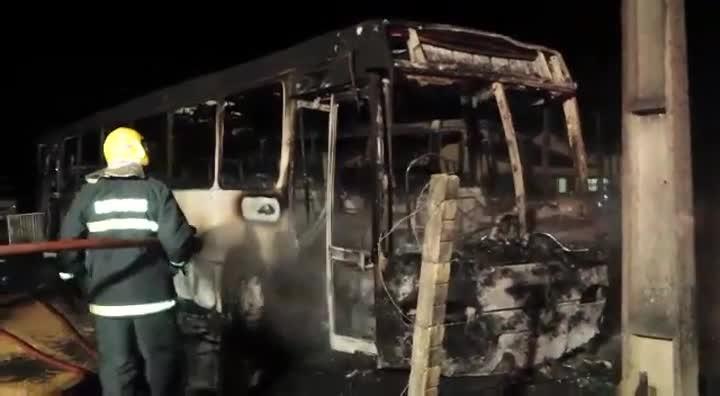 Ônibus incendiados em Imbituba