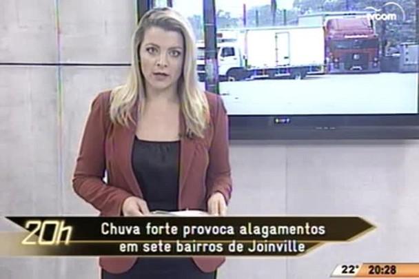 TVCOM 20 Horas - Chuva forte provoca alagamentos em sete bairros de Joinville - 19.05.15
