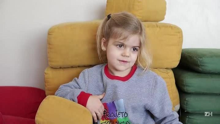 Crianças explicam o que é ser criança e o que é ser adulto