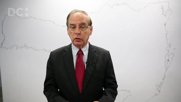 Moacir Pereira analisa a prisão de Delcídio Amaral e a relação do Senador com Santa Catarina