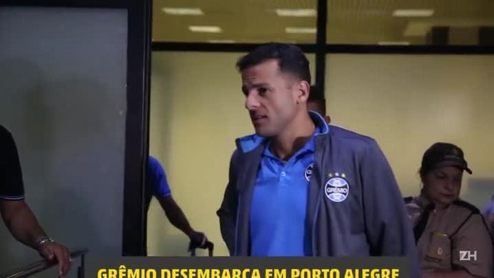 Grêmio desembarca na Capital após derrota para o Toluca