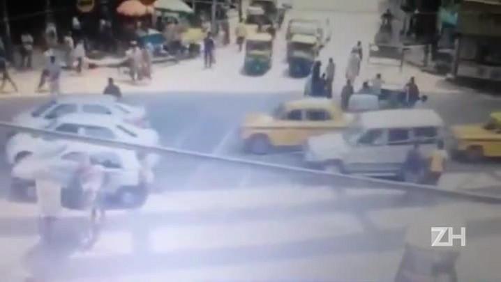 Desabamento de viaduto mata 15 pessoas na Índia