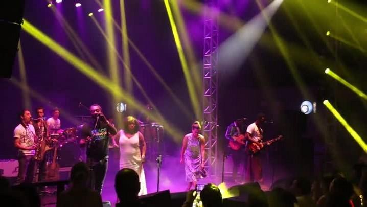 Veja como foi o show do Playing for Change em Florianópolis