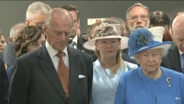 Príncipe Philip deixa o hospital
