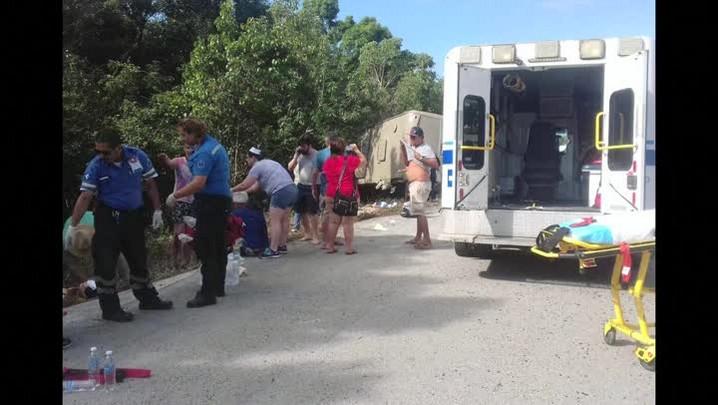 Três brasileiros feridos em acidente no México