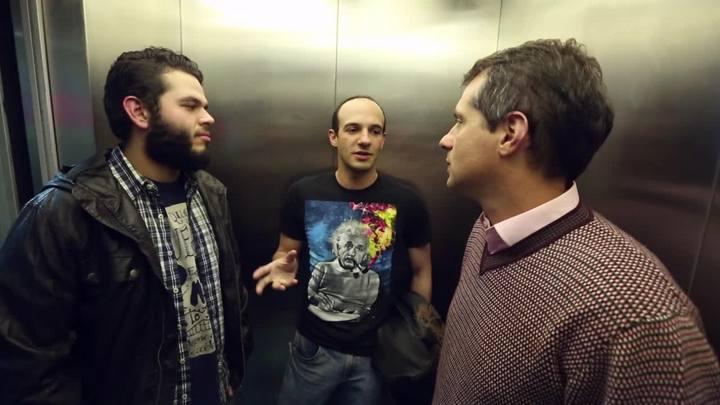 Coisas que Porto Alegre Não Fala no elevador